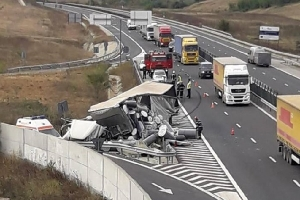 Accident grav pe A1, la Traian Vuia